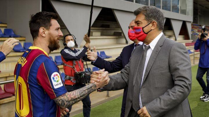 Chủ tịch Barca tiết lộ mật về bản hợp đồng của Messi - ảnh 1
