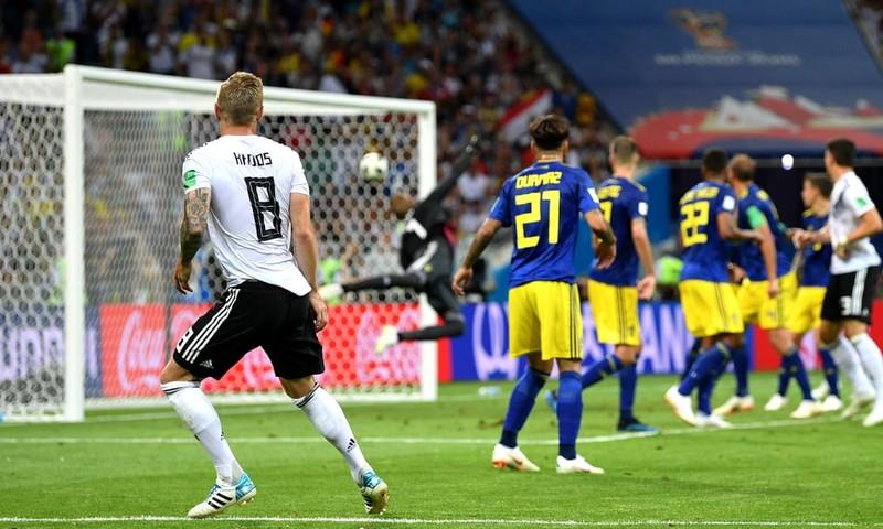 Messi sáng tạo và hiệu quả hơn De Bruyne, vắng bóng Ronaldo  - ảnh 1
