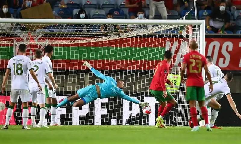 Bị truất quyền thi đấu, Ronaldo sớm trở lại MU  - ảnh 2