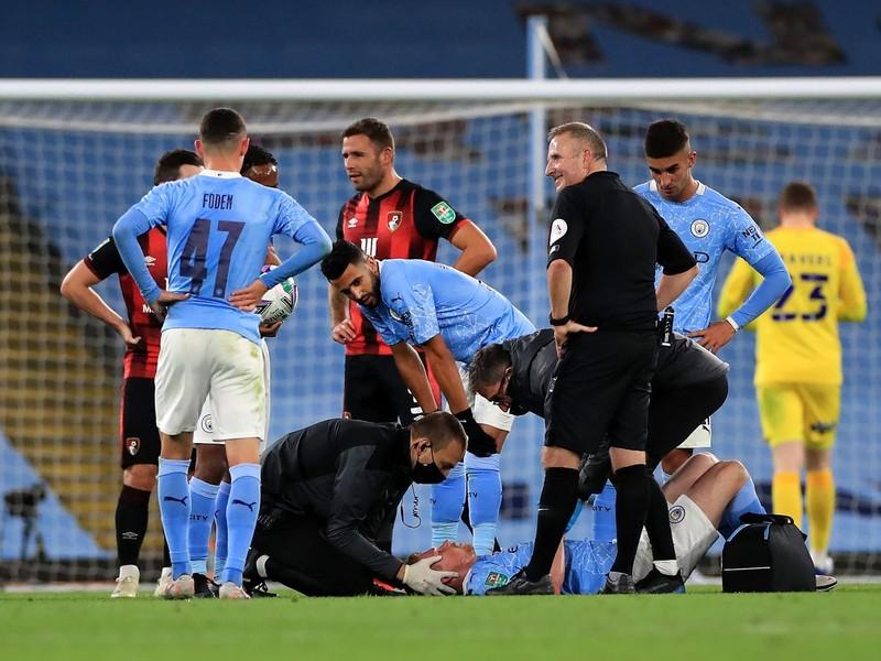Pep Guardiola đau đầu với cuộc khủng hoảng chấn thương của Man City - ảnh 2