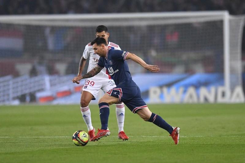 Henry lý giải hành động Messi phản ứng HLV Pochettino - ảnh 3