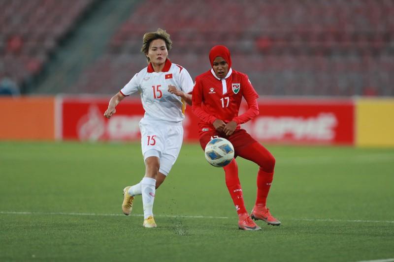Hải Yến ghi 6 bàn trong trận Việt Nam đè bẹp Maldives 16-0 - ảnh 2