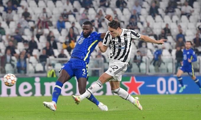 HLV Tuchel giận dữ sau bàn thắng kỳ lạ của Chiesa  - ảnh 4