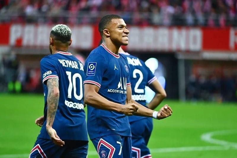 Mbappe: 'Tôi chấp nhận chạy để Messi đi bộ, còn Neymar là kẻ ăn bám'  - ảnh 3