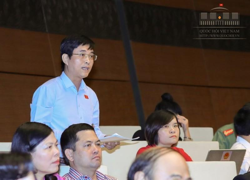 Đại biểu tranh luận với Bộ trưởng Nguyễn Chí Dũng - ảnh 2