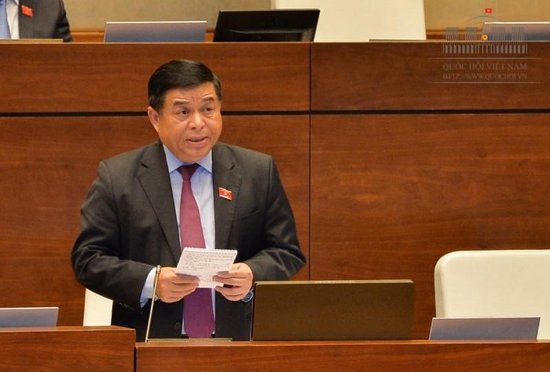 Đại biểu tranh luận với Bộ trưởng Nguyễn Chí Dũng - ảnh 1
