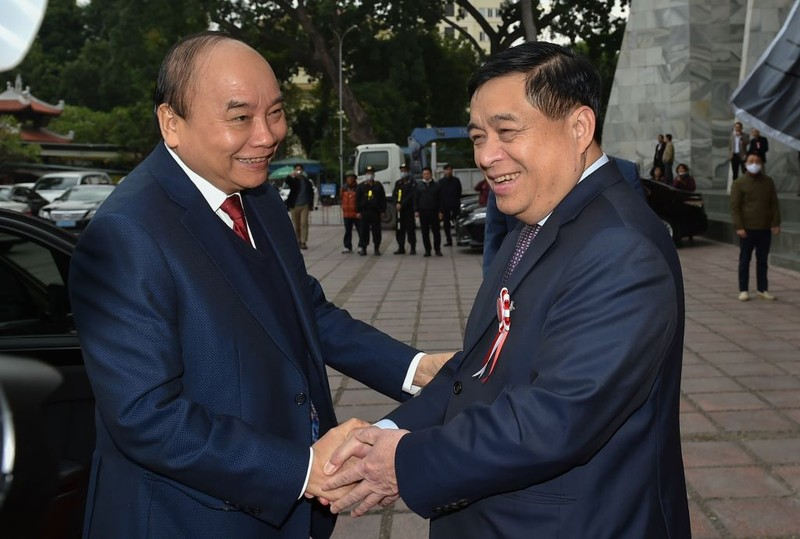 Bộ trưởng Nguyễn Chí Dũng được tặng Huân chương lao động - ảnh 3