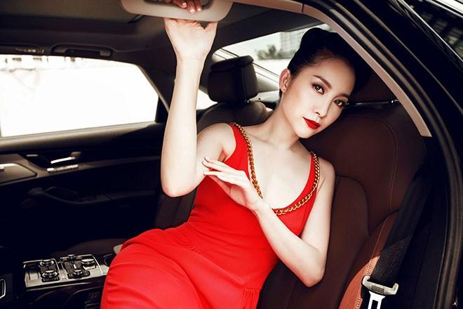 """Linh Nga """"múa"""" trong xe sang nhất của Audi tại Việt Nam - ảnh 4"""
