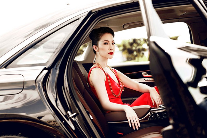 """Linh Nga """"múa"""" trong xe sang nhất của Audi tại Việt Nam - ảnh 6"""