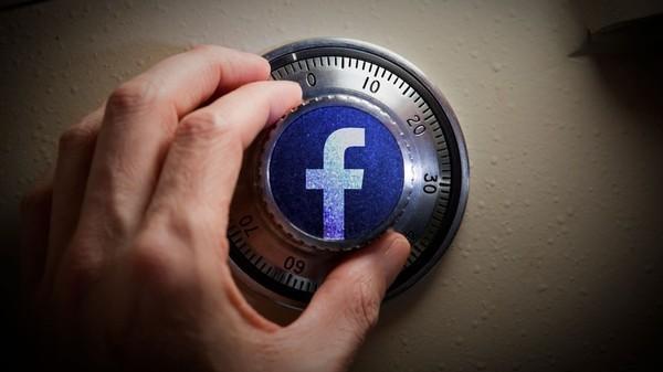 """Kiện đòi Facebook 123 triệu USD vì không gỡ nội dung """"đồi trụy"""" - ảnh 1"""