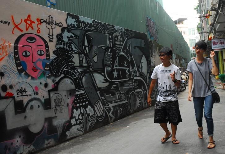 Chùm ảnh: Có một hẻm Graffiti như nước ngoài tại Sài Gòn - ảnh 4