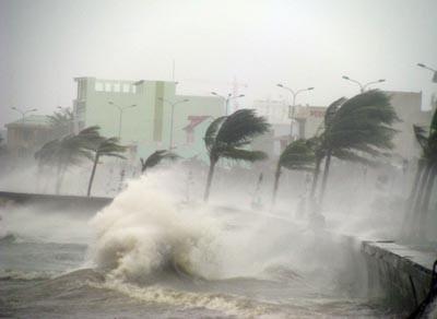 Quy định về cảnh báo, truyền tin về thiên tai, bão lũ | Chính sách mới | PLO