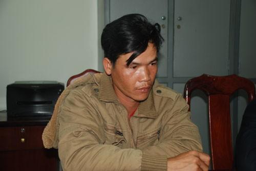 Lê Khánh Minh tại cơ quan công an d