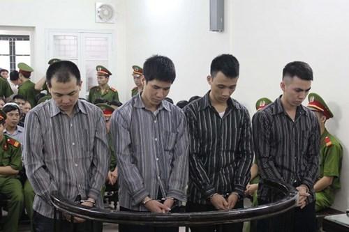 Đang xét xử vụ 4 công an Kim Nỗ đánh chết nghi can - ảnh 1