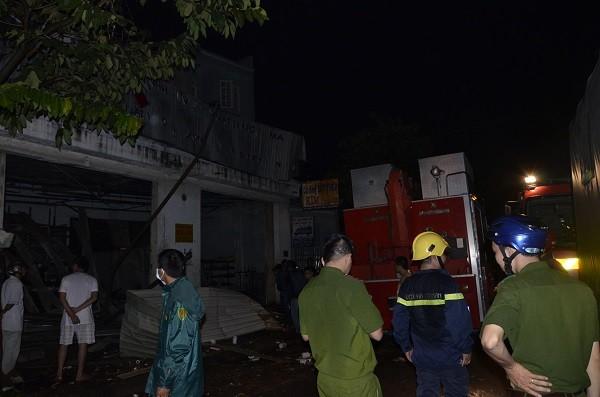 Nổ lớn ở quận 12, nhiều căn nhà bị hư hại, 7 người thương vong và mất tích - ảnh 2