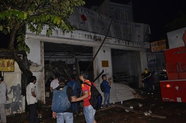 Nổ lớn ở quận 12, nhiều căn nhà bị hư hại, 7 người thương vong và mất tích - ảnh 1