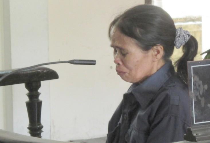 Giảm án cho người vợ giết chồng vì hơn 10 năm sống trong địa ngục - ảnh 1