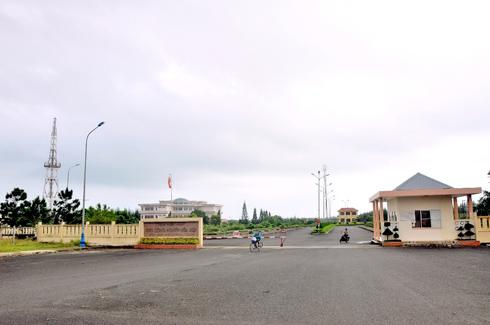 Phú Yên: Kỷ luật Đảng, cách chức một loạt cán bộ, lãnh đạo huyện - ảnh 1