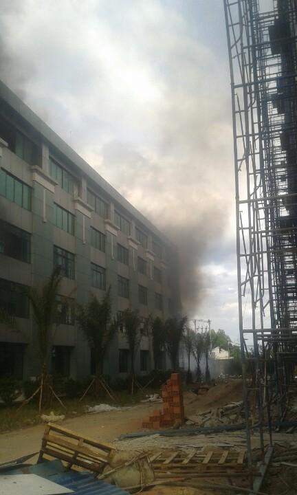 Đồng Nai: Sinh viên lại hoảng loạn vì trường học bùng cháy - ảnh 5