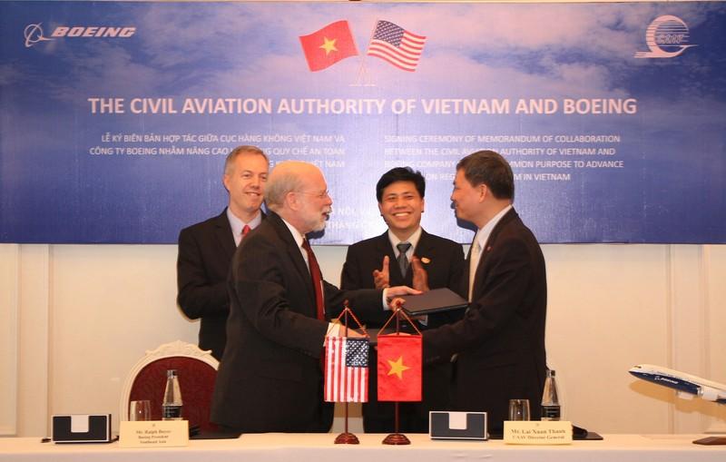 Hàng không Hoa kỳ hỗ trợ hàng không Việt Nam - ảnh 1
