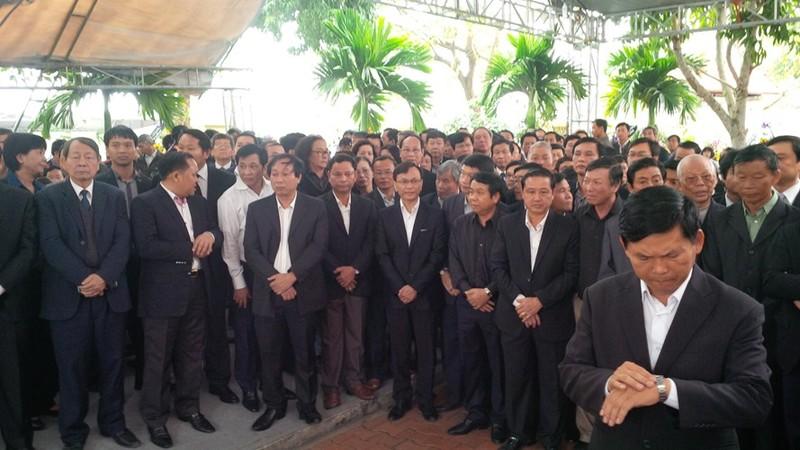 'Đồng chí Nguyễn Bá Thanh rất xứng đáng với tấm Huân chương của lòng dân' - ảnh 8