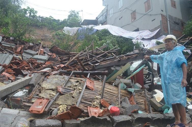 Thủ tướng yêu cầu khẩn trương khắc phục hậu quả mưa lũ - ảnh 2