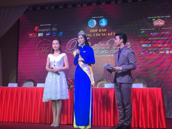 Nữ sinh viên Việt Nam cùng đua nhan sắc  - ảnh 1