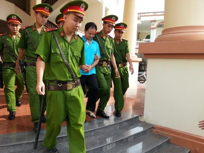 Vụ chai nước có ruồi: Tòa tuyên phạt bị cáo Minh 7 năm tù giam - ảnh 6