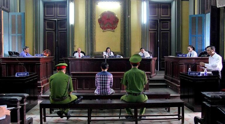 Quang cảnh phiên tòa chiều nay