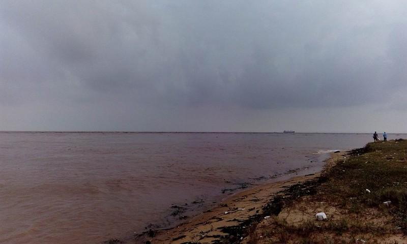 Cửa sông Gianh nơi các ngư dân gặp nạn
