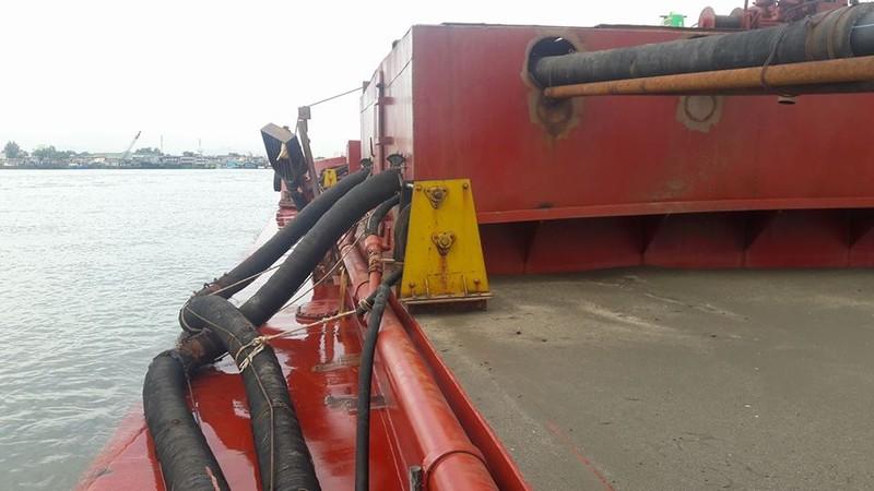 Bắt 6 tàu lớn hút trộm cát ở biển Cồn Ngựa, Vũng Tàu - ảnh 2