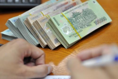 Từ 1-1-2017, mức lương tối thiểu vùng sẽ tăng 180.000 đồng - 250.000 đồng/tháng so với hiện hành.