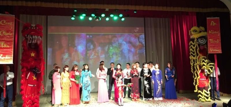 Xuân quê hương yêu thương - Tết Việt đầu tiên ở Nga - ảnh 11