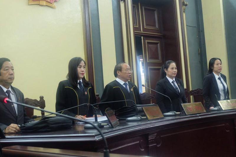 Phương Nga cương quyết im lặng, không trả lời luật sư - ảnh 6