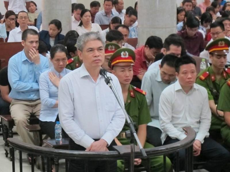 Luật sư cám ơn câu trả lời của bị cáo Hà Văn Thắm - ảnh 1
