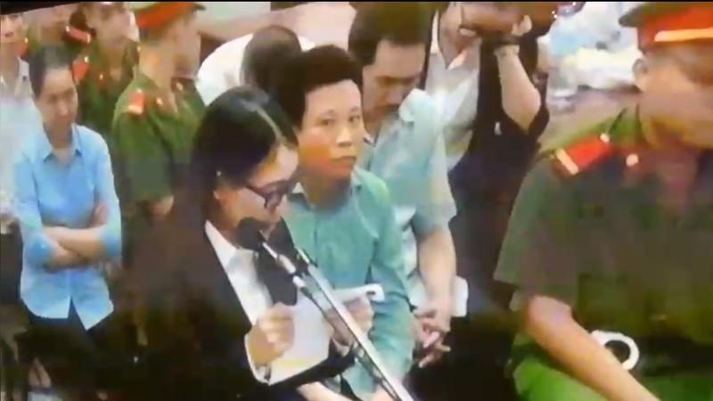 Bị cáo diễn viên Hồng Tứ khóc xin được hưởng án treo - ảnh 1