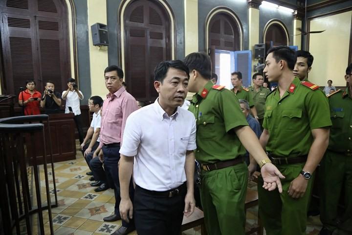 Nguyễn Minh Hùng không kháng cáo thì có bị bắt tại tòa? - ảnh 1