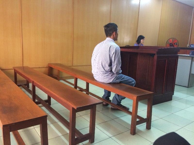 Lãnh 6 tháng tù vì đi mời rượu… quá nhiều - ảnh 1