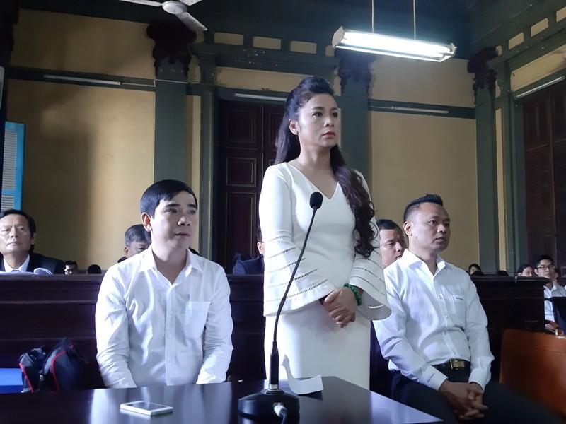 Đang xử vụ ly hôn của vợ chồng ông Đặng Lê Nguyên Vũ - ảnh 2