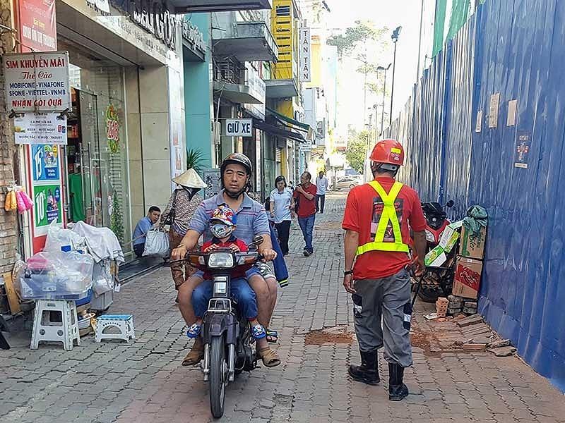 TP.HCM tạm ngưng các công trình đào đường để đón Tết - ảnh 1