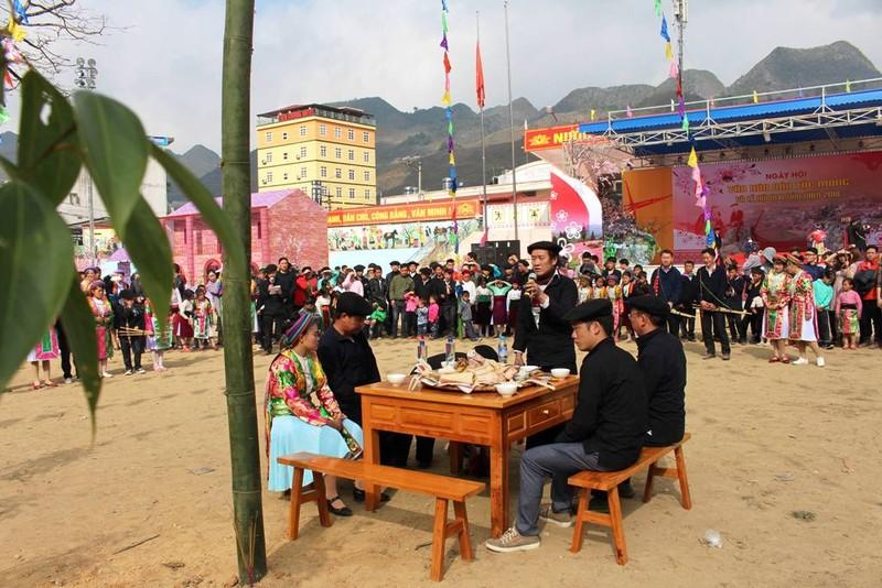 Về Hà Giang xem Lễ hội Gầu Tào - ảnh 3
