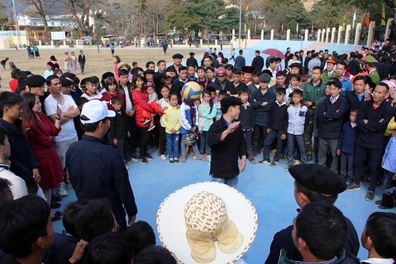 Về Hà Giang xem Lễ hội Gầu Tào - ảnh 4