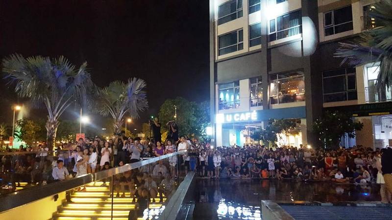 Hàng ngàn người tham gia khai trương Vincom Center Landmark 81 - ảnh 7