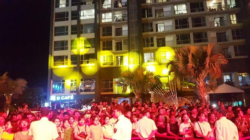 Hàng ngàn người tham gia khai trương Vincom Center Landmark 81 - ảnh 9