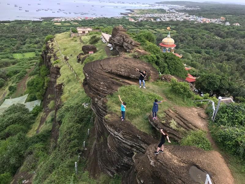 Những địa điểm check in không thể bỏ qua ở đảo Phú Quý  - ảnh 8