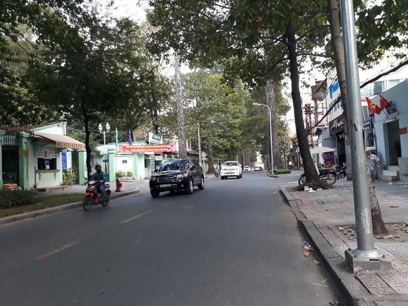 Đường Sài Gòn vắng hoe vào những ngày cận Tết - ảnh 5