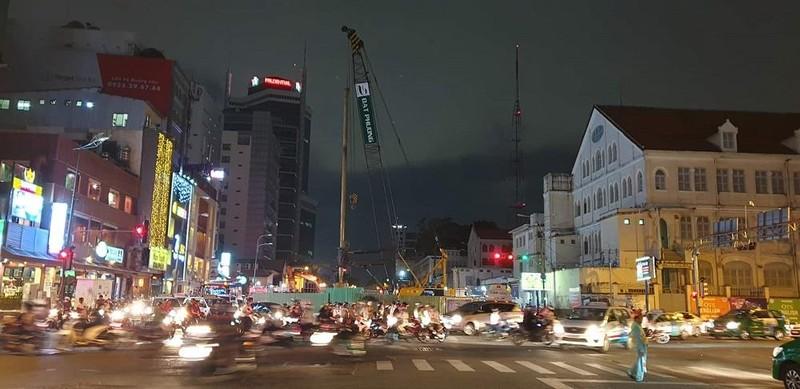Cầu Thủ Thiêm 2 thi công xuyên đêm - ảnh 1