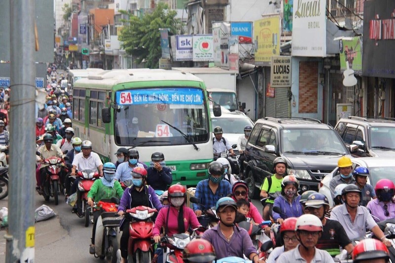 Nguyên nhân khiến vận tải buýt giảm mạnh - ảnh 1