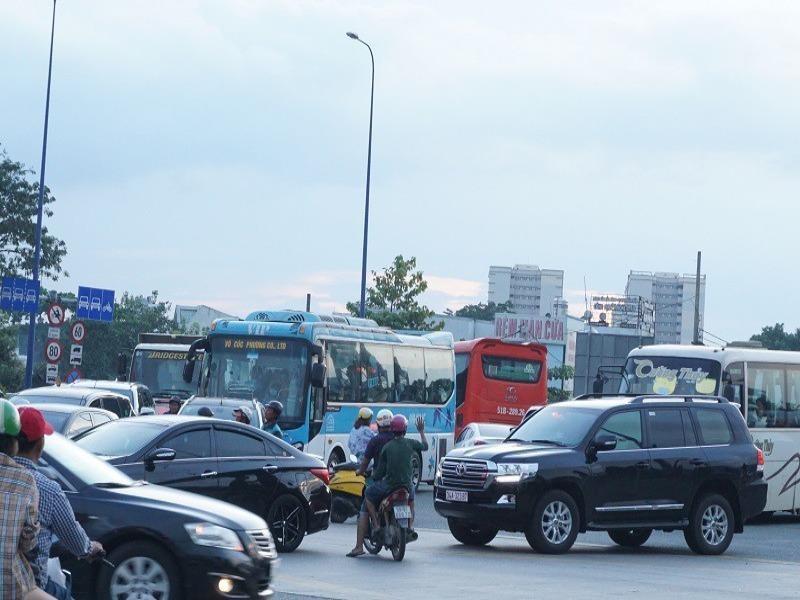 Sửa chữa nút giao thông An Phú, quận 2 - ảnh 1