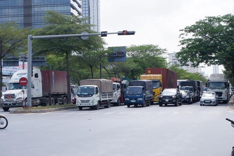 Doanh nghiệp vận tải kiến nghị được giãn nợ cả gốc và lãi - ảnh 1